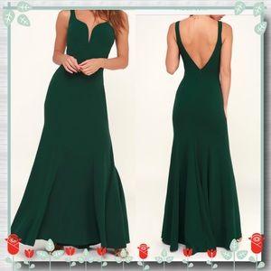 Aperitif Emerald Green Maxi Dress